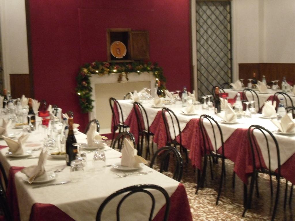 ristorante-interno-osteria-palazzo-ducale-2