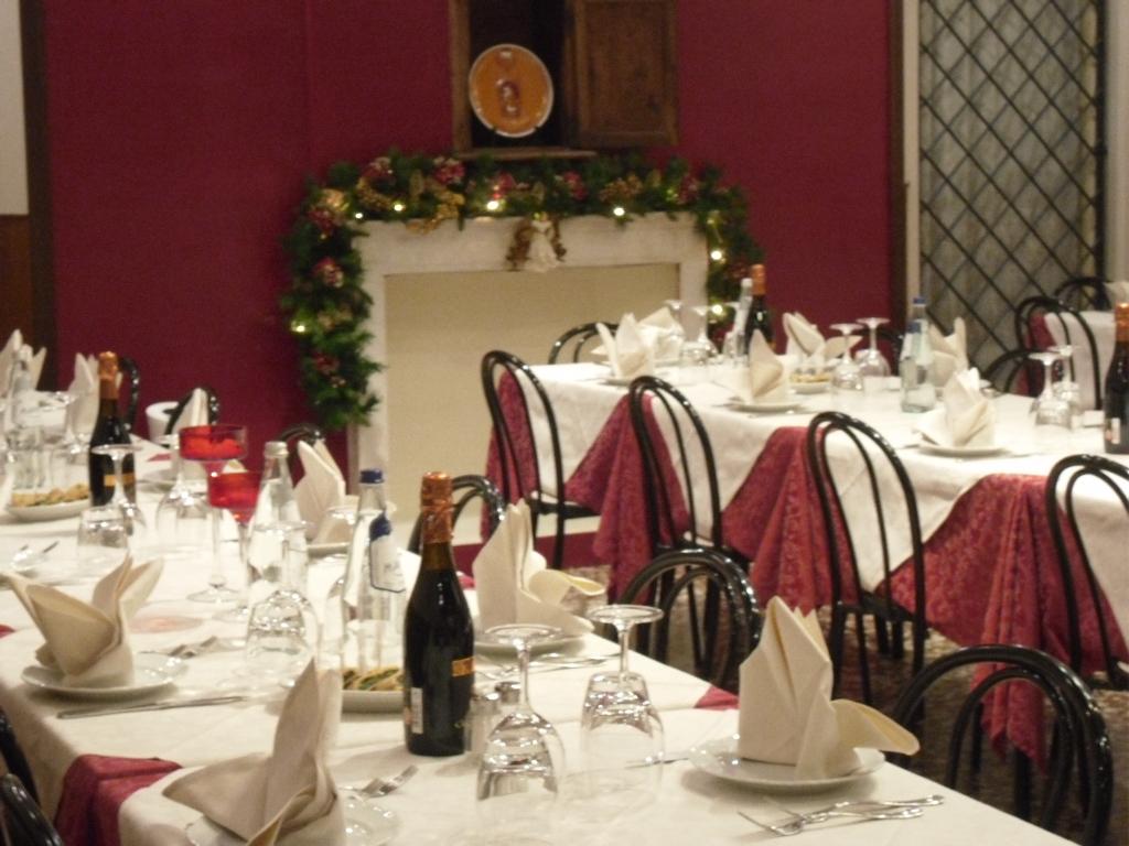 ristorante-interno-osteria-palazzo-ducale-3