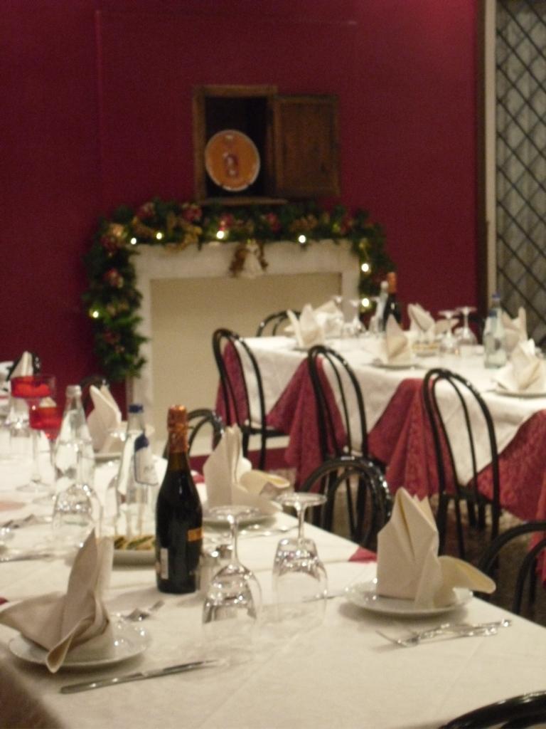 ristorante-interno-osteria-palazzo-ducale-4